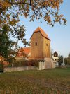 Fertiggestellter Turm der Kirche in Paplitz